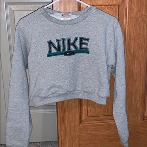 Nike cropped sweatshirt